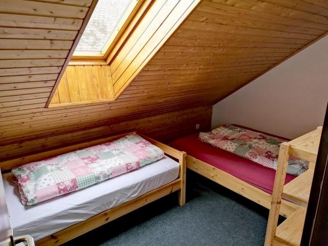 Schlafzimmer / kleines Zimmer