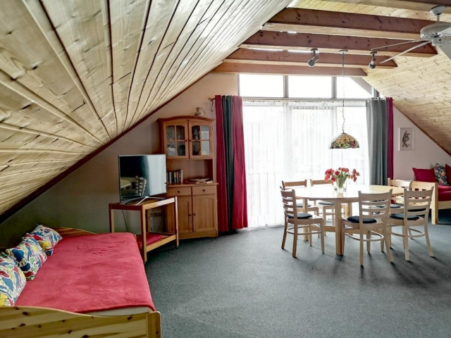Großes Zimmer
